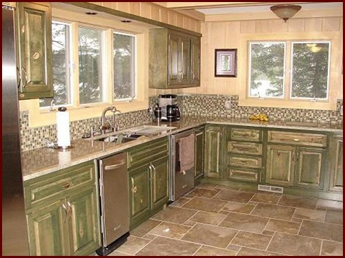 stained_maple_kitchen